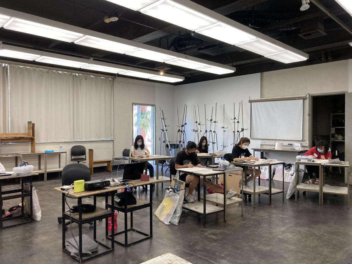 Ryman Arts students working in the studios of Cal State Fullerton