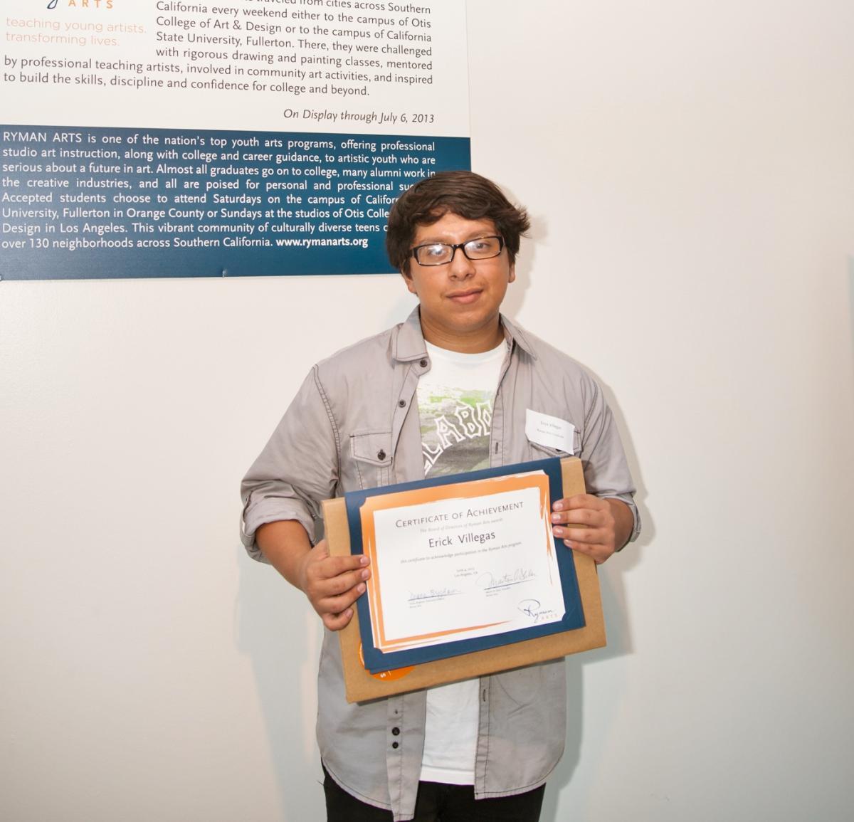 TEA Buzz Price Student Award Erick Villegas (Ryman '13)