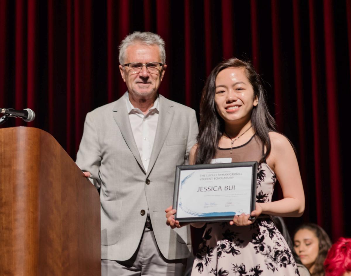 Board member Wayne Hunt and Lucille Ryman Carroll Student Award Jessica Bui (Ryman '19)